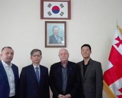 ინფორმაცია საქართველოში სამხრეთ კორეის რესპუბლიკის ელჩთან კიმ სე ვუნგთან შეხვედრის შესახებ